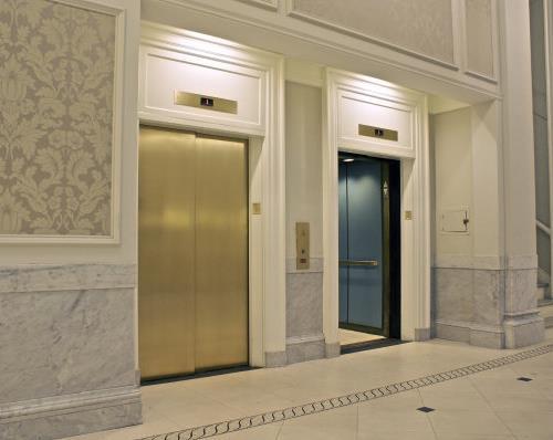 電梯修理和維保的區別